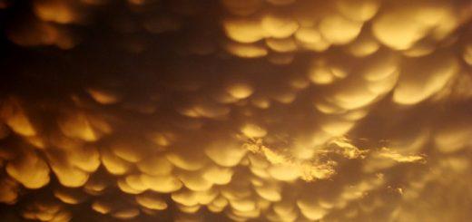 자연이 빚어낸 신비한 자연현상들 유방 구름, 유방운, mammatus clouds